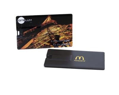 Le Format Carte De Crdit Est Idal Pour Semporter Partout Facile Glisser Dans Une Poche La Cl USB Plate Reprsente Un Excellent Cadeau D Entreprise